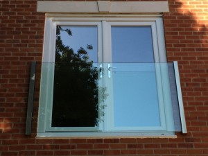 Frameless Glass Juliet Balcony