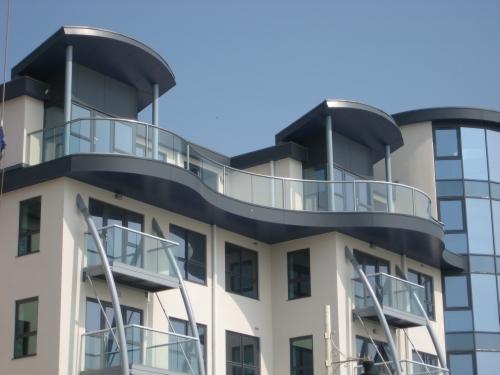 Curved balustrades