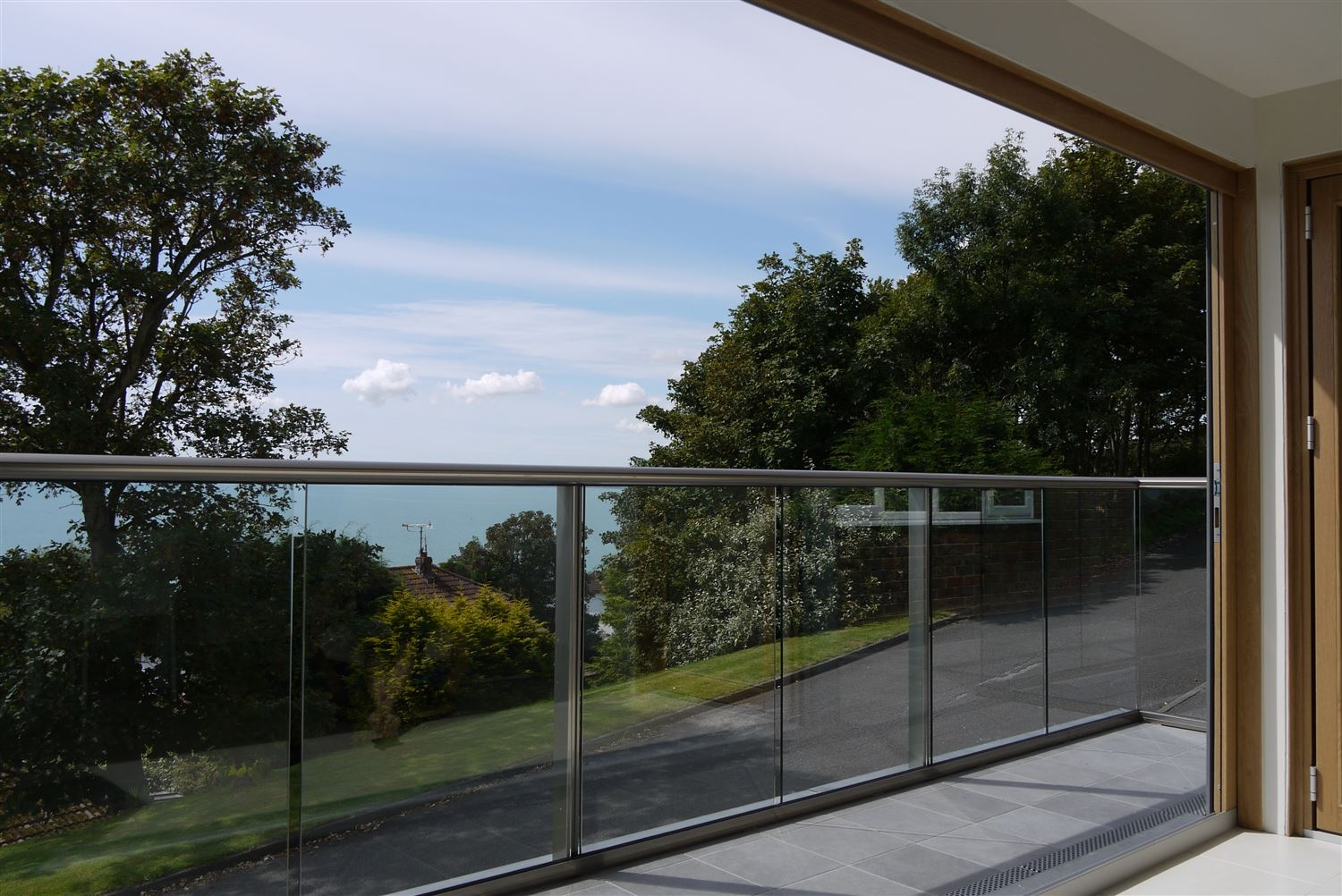glass balustrade fitting