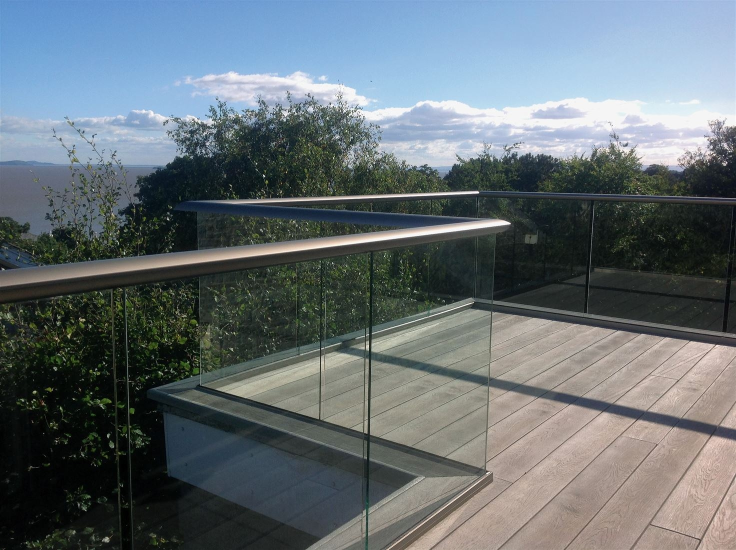 glass balustrade on decks