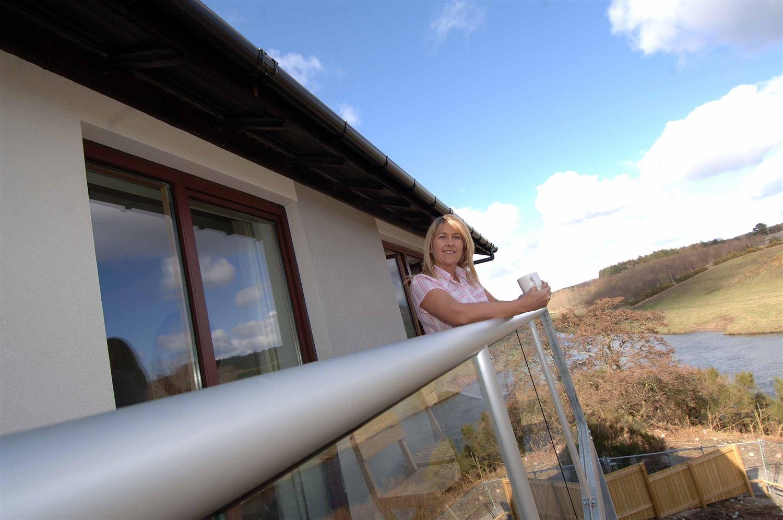 glass balustrade circular handrail