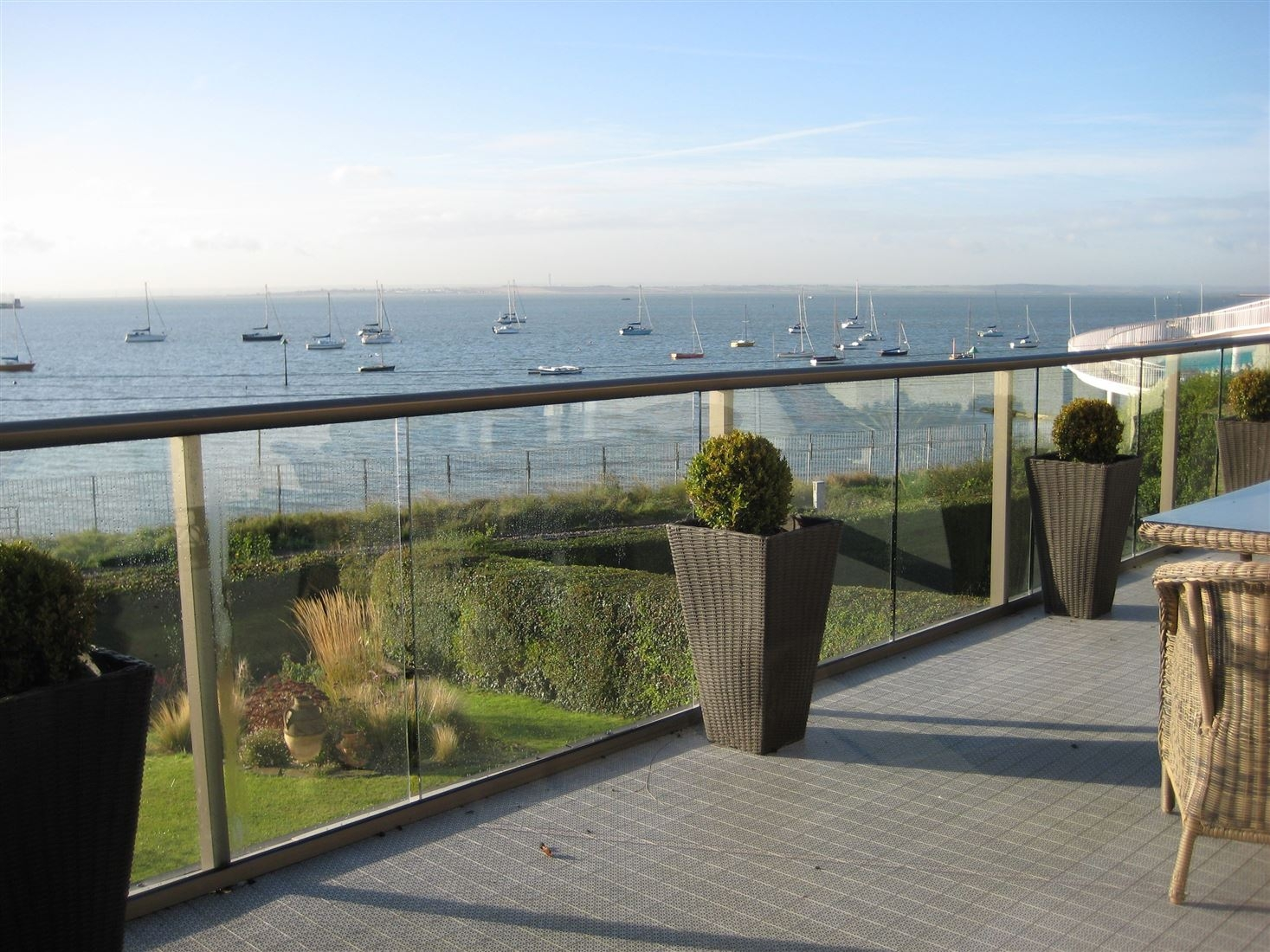 glass balustrade 1.5kn