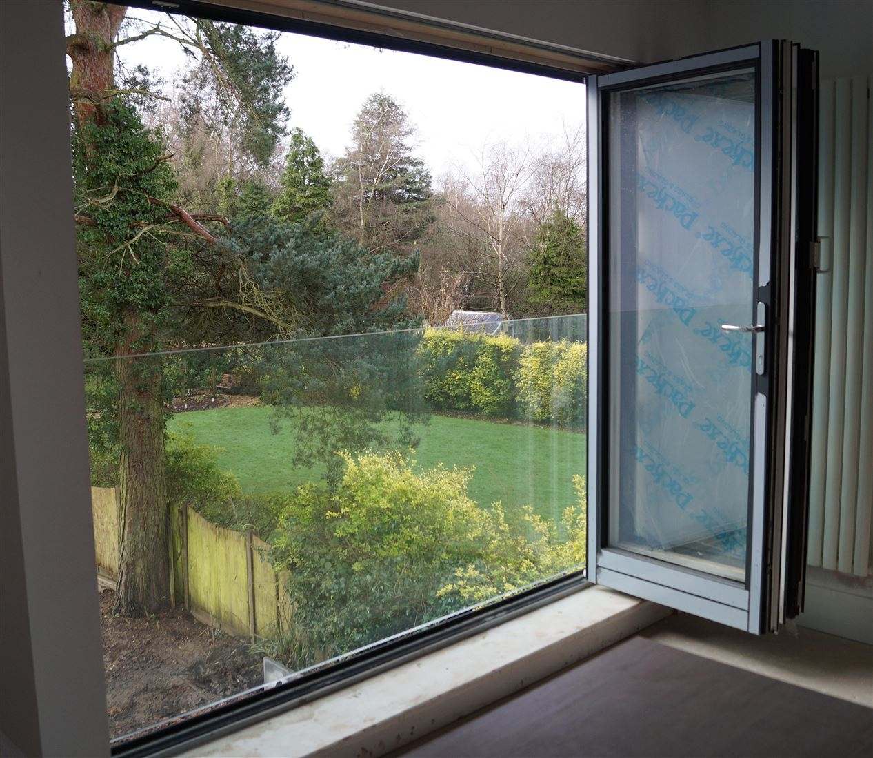 Frameless Juliet Glass Balcony