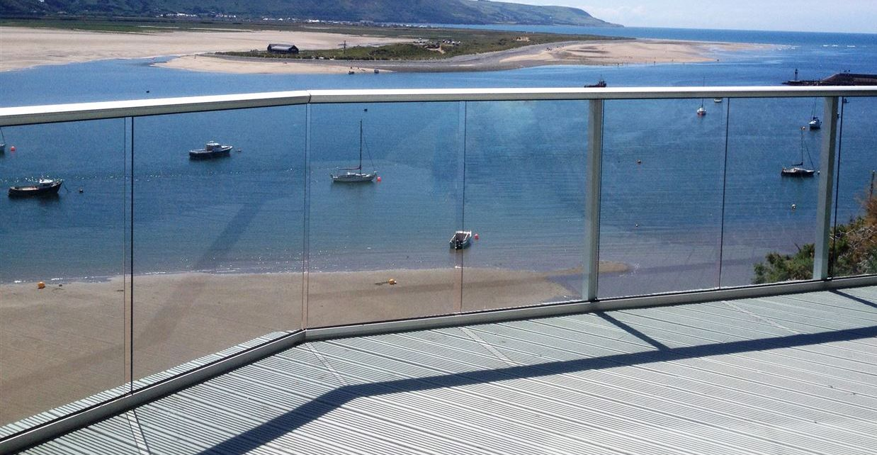Glass Balustrades Seaside