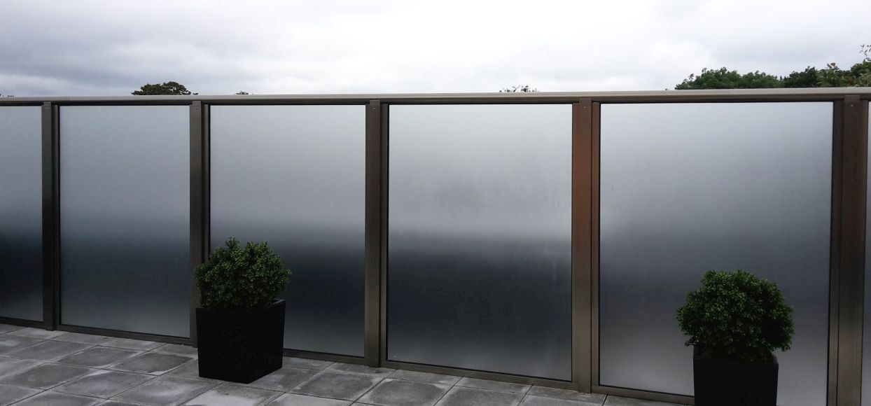Glass Privacy Screens