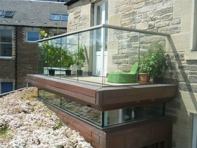 Garden balcony balustrade