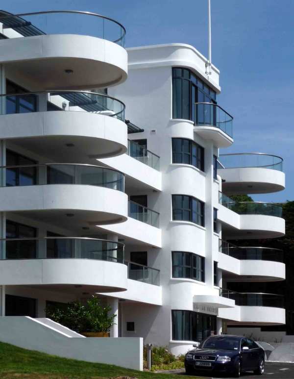 curved glass balconies