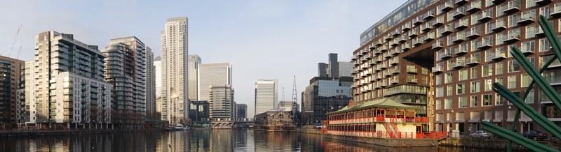 Glass Balconies - Docklands panorama