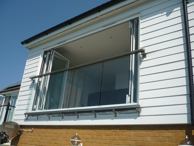 Wide Glass Juliet Balcony